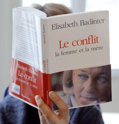 Libri i fundit i Elisabeth Badinter. ©Foto Patrick Kovarik